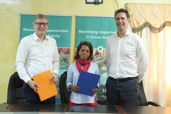 Oikocredit and MOCA CNFA sign MoU in Côte d'Ivoire